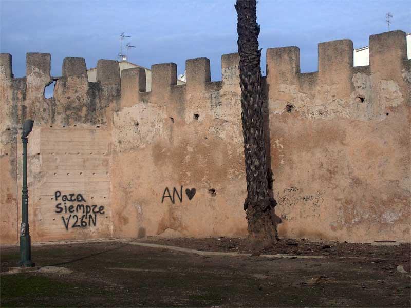 Estas son las murallas de alzira que no quisi ramos ver - Librerias en alzira ...