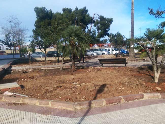 Los jardines de la plaza concha piquer de alzira ser n mejorados por miembros de afaradem - Librerias en alzira ...