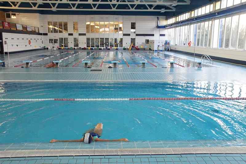 jornada de puertas abiertas en la piscinas cubiertas