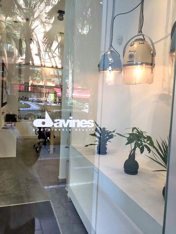 Amparo carri ha abierto un nuevo sal n de peluquer a en - Tapicerias en valencia ...