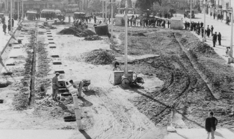 Estampas y recuerdos de alzira 87 la plaza mayor punto de encuentro su origen y reformas - Librerias en alzira ...