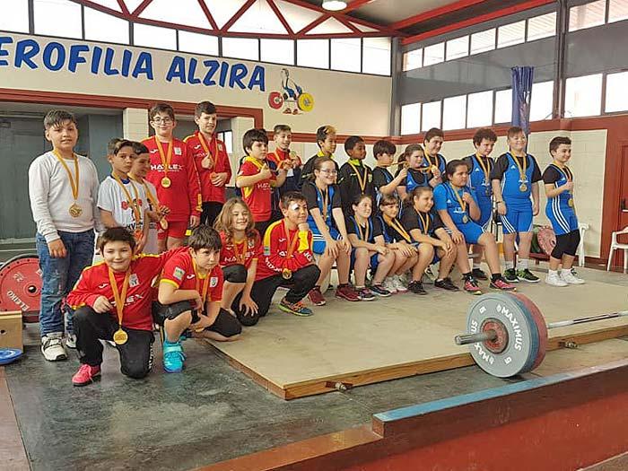 El equipo alev n del club halterofilia alzira se adjudica once medallas de oro en la jornada de - Librerias en alzira ...