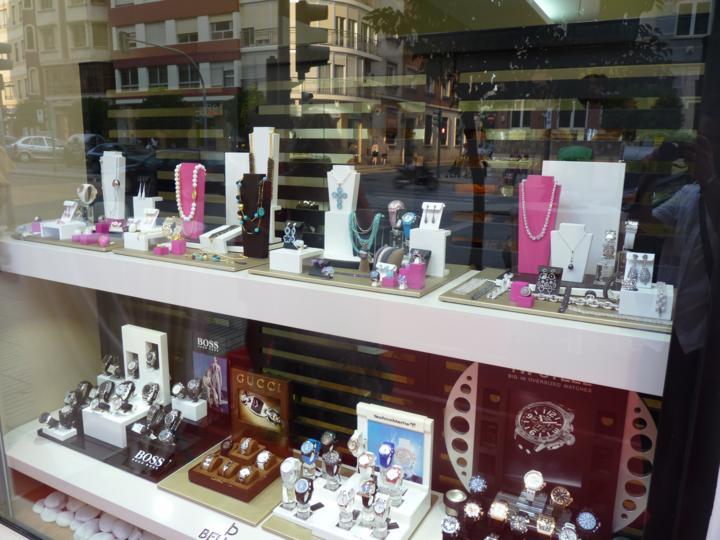 Se ha inaugurado la nueva joyer a bellido en alzira - Librerias en alzira ...
