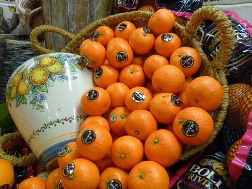 Frutas clara de alzira convertida en plat de televisi n - Librerias en alzira ...